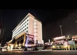 プラトゥーナム ホテル