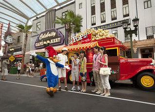 リゾート ワールド セントーサー フェスティブ ホテル 写真