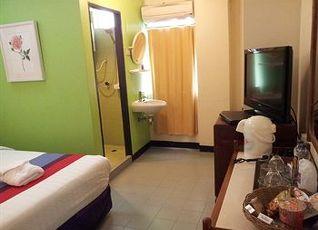 サワディー スクンビット イン ホテル 写真