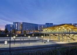 ラディソン ブル エアポート ホテル オスロ ガーデモエン 写真