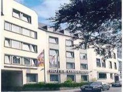 ホテル リンデンホフ