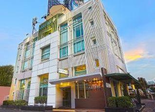 アステラ サトーン ホテル 写真
