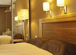ホテル アヴァンタ 写真