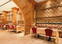 ラマル ホテル クウェート 写真