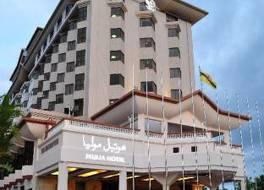 ムリア ホテル