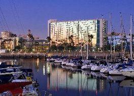 ロングビーチのホテル