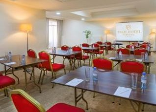 パリ ホテル エレバン 写真