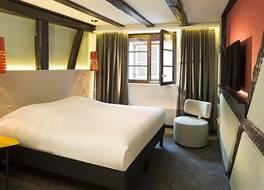 ホテル ル コロンビエ 写真