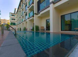 Airport Beach Hotel Phuket 写真