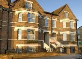 ザ オックスフォード タウンハウス