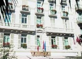 アンバセダダー モナコ