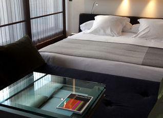 シックスティトゥー ホテル 写真
