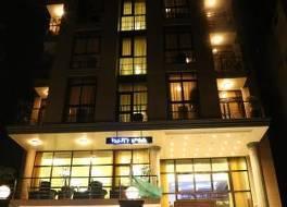 キャラバン ホテル