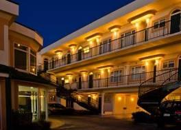 ビーチ フロント モテル 写真