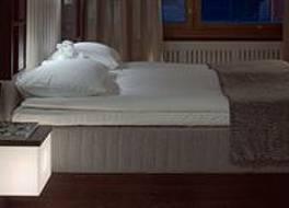 グロ ホテル クルーヴィ