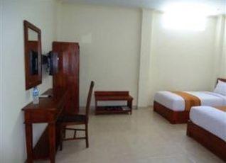 オレンジ ホテル 写真