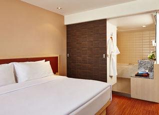 ナライ ホテル 写真