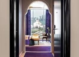 サラ コーニッシュ ホテル 写真