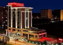 ザ マーロット ホテル