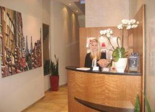 カラス ホテル アム ドーム 写真