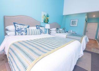 ブルー ラグーン ホテル & マリーナ 写真