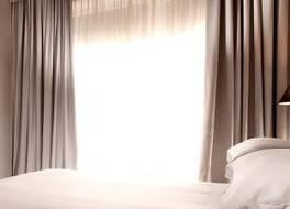 C ホテルズ ディプロマット 写真