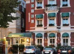 ホテル ハンセアティック 写真