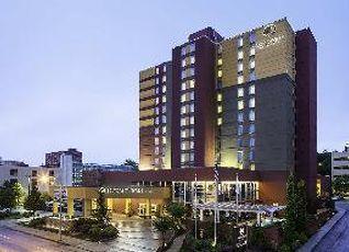 ダブルツリー バイ ヒルトン チャタヌガ ホテル 写真
