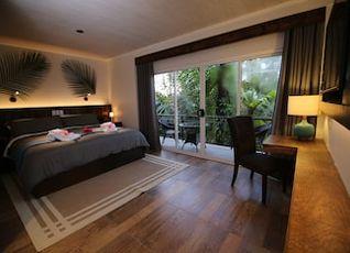 パラオ セントラル ホテル 写真