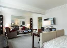 ロコ フォルテ ブラウンズ ホテル 写真