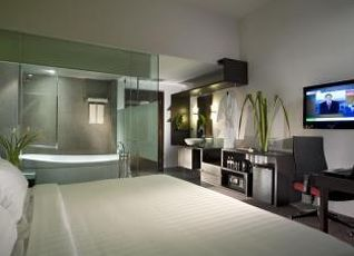 フラマ リバーフロント ホテル 写真