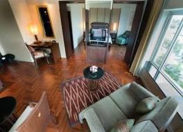 クルンシリ リバー ホテル 写真