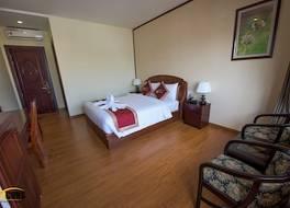 ビーコンズ ホテル ビンズオン 写真
