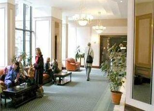 Capitol Hotel 写真