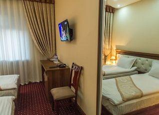 GRAND ART HOTEL E 写真