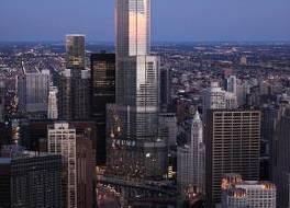 トランプ インターナショナル ホテル&タワー 写真