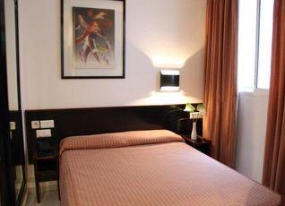 ホテル モネガル 写真