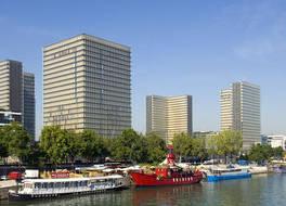 プルマン パリ サントル ベルシー ホテル 写真