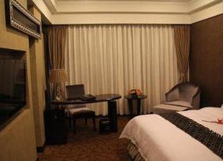 ルーシャン セレブラティ ホテル 写真