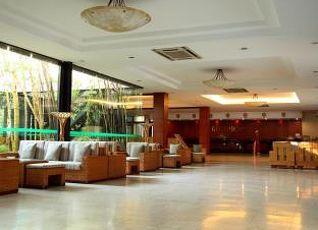 タン ロイ ホテル 写真