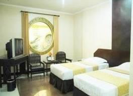V3 ホテル 写真
