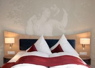 ヴィラ ルドウィグ スイート ホテル 写真