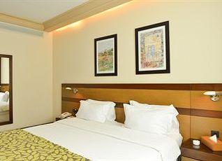 コーラル ベイルート アル ハムラ ホテル 写真
