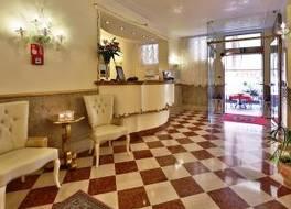 ホテル オリンピア 写真