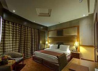 デルモン パレスホテル 写真