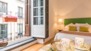 [市内中心部]アパートメント(120m〓)| 3ベッドルーム/2バスルーム