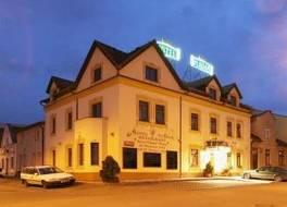 ヴラダー ホテル