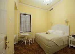 アナジェニシス ホテル