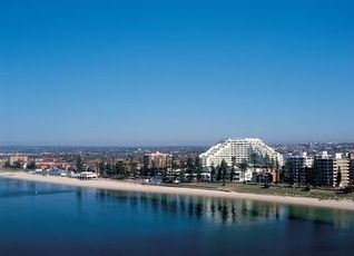 ノボテル ブライトン ビーチ ホテル 写真