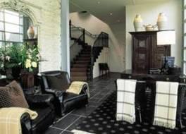 アイカーツ プライベート ホテル & レークフロント アパートメンツ 写真